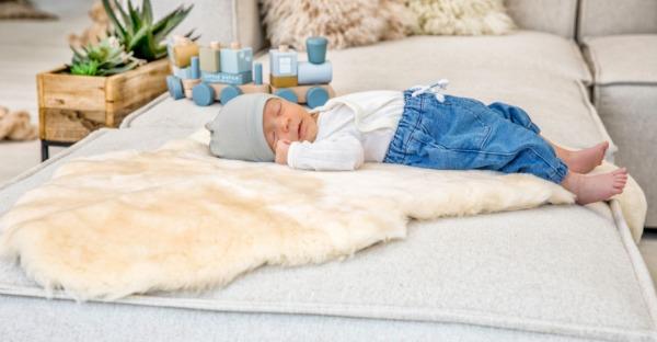 Besser schlafen mit Lammfell