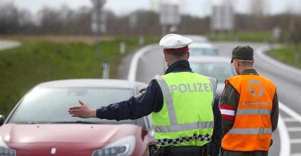 Braunau abgeriegelt: Ausreise nur mit Kontrolle