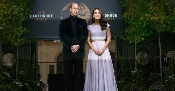 William und Kate: Fotos zeigen vertraute Momente