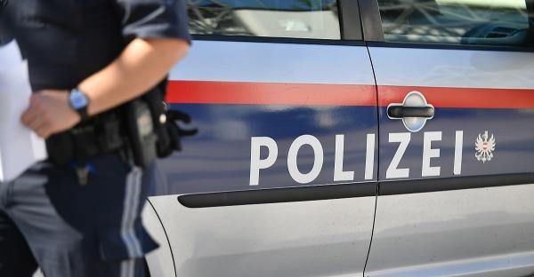 Äußerste Brutalität: Drei Opfer bei Home Invasion im Bezirk Horn malträtiert