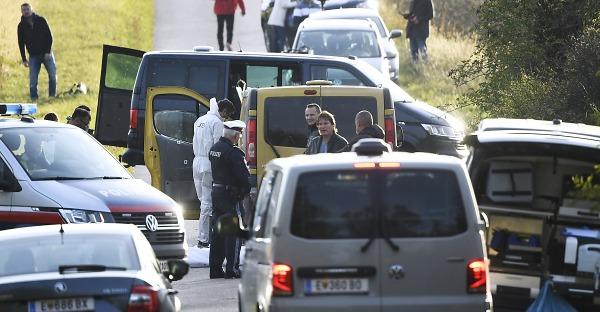 Zwei tote Flüchtlinge: Schlepper auf der Flucht